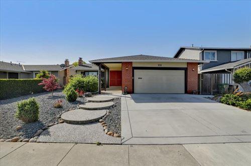 Photo of 312 Viewpark Circle, San Jose, CA 95136 (MLS # ML81837760)