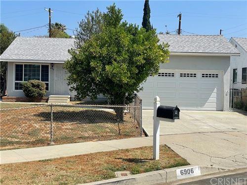 Photo of 6906 Cozycroft Avenue, Winnetka, CA 91306 (MLS # SR21102800)