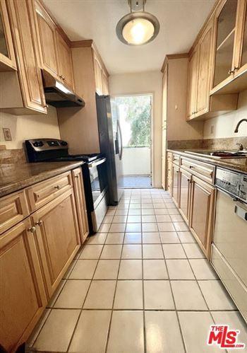 Photo of 5330 Zelzah Avenue #4, Encino, CA 91316 (MLS # 21698848)
