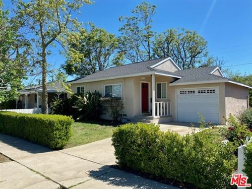 Photo of 5852 Jellico Avenue, Encino, CA 91316 (MLS # 21726848)