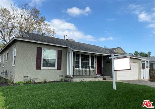 Photo of 6622 Rubio Avenue, Lake Balboa, CA 91406 (MLS # 21699856)