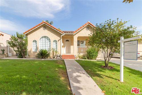 Photo of 412 Cambridge Drive, Burbank, CA 91504 (MLS # 21765858)