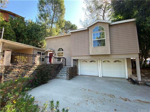 Photo of 1777 La Loma Road, Pasadena, CA 91105 (MLS # PF21229897)