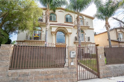 Photo of 12648 Vanowen Street #203, North Hollywood, CA 91605 (MLS # 320006920)