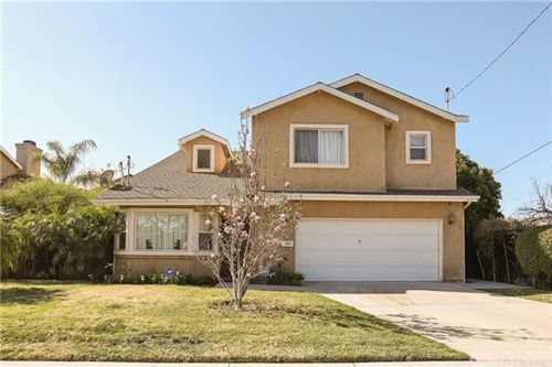 Photo of 6733 Yolanda Avenue, Reseda, CA 91335 (MLS # SR21029921)