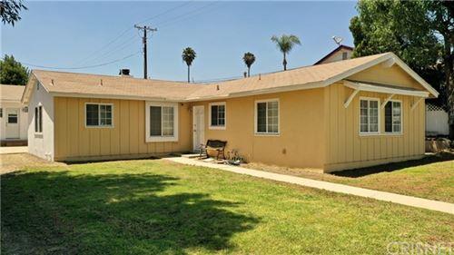 Photo of 11429 Hayvenhurst Avenue, Granada Hills, CA 91344 (MLS # SR20128958)