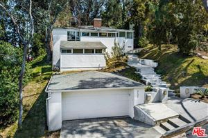 Photo of 3132 OAKCREST Drive, Los Angeles , CA 90068 (MLS # 19468034)