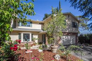 Photo of 1519 RIENDO Lane, La Canada Flintridge, CA 91011 (MLS # 819001051)