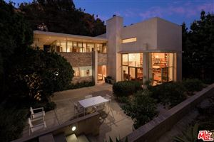 Photo of 2423 BENEDICT CANYON Drive, Beverly Hills, CA 90210 (MLS # 19509086)