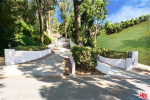 Photo of 1242 LAGO VISTA Drive, Beverly Hills, CA 90210 (MLS # 19469098)