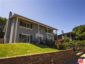 Photo of 3186 DONA MARTA Drive, Studio City, CA 91604 (MLS # 19497154)