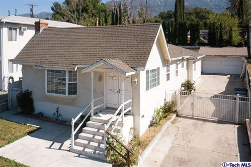 Photo of 3243 HONOLULU Avenue, Glendale, CA 91214 (MLS # 319003249)