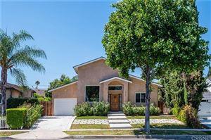 Photo of 5751 ZELZAH Avenue, Encino, CA 91316 (MLS # SR19191316)