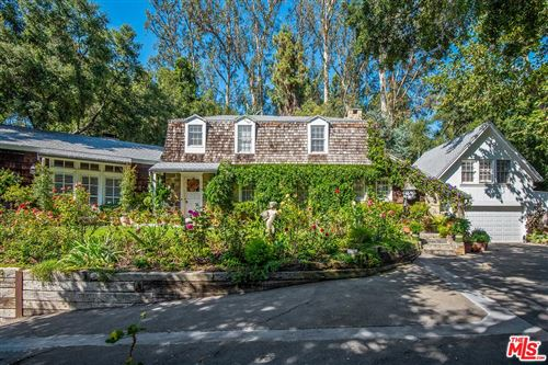 Photo of 2098 MANDEVILLE CANYON Road, Los Angeles , CA 90049 (MLS # 19497352)
