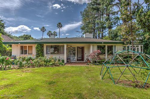 Photo of 1890 HOMEWOOD Drive, Altadena, CA 91001 (MLS # 819003482)