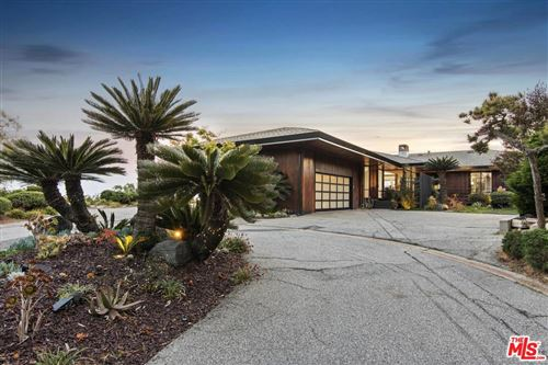 Photo of 6112 VIA SUBIDA, Rancho Palos Verdes, CA 90275 (MLS # 19472500)