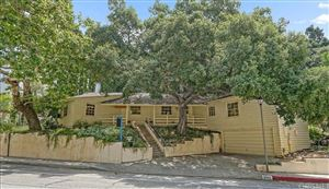 Photo of 2592 East CHEVY CHASE Drive, Glendale, CA 91206 (MLS # SR19139561)