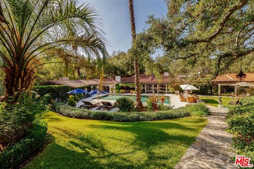 Photo of 3280 FRYMAN Road, Studio City, CA 91604 (MLS # 19479604)