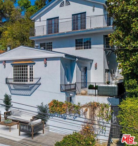 Photo of 2482 CHEREMOYA Avenue, Los Angeles , CA 90068 (MLS # 19499636)