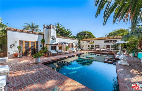 Photo of 23155 MARIPOSA DE ORO Street, Malibu, CA 90265 (MLS # 19497658)