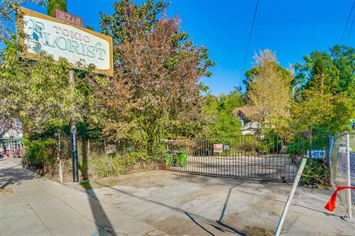 Photo of 2718 HYPERION Avenue, Los Angeles , CA 90027 (MLS # 819003667)