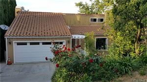Photo of 3616 ROBERTS VIEW Place, Studio City, CA 91604 (MLS # SR19161803)