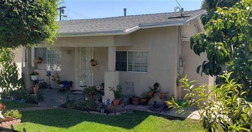 Photo of 3228 ESTARA Avenue, Los Angeles , CA 90065 (MLS # 819003826)