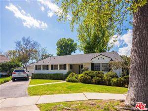 Photo of 12756 WEDDINGTON Street, Valley Village, CA 91607 (MLS # 19448838)