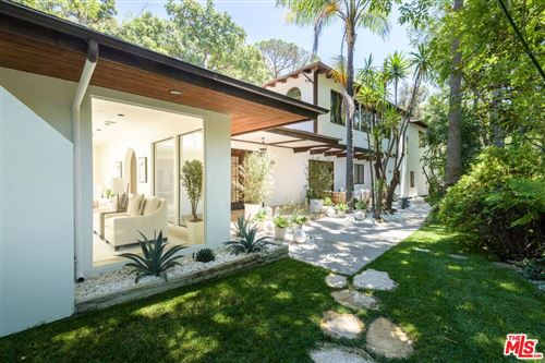 Photo of 3930 HOLLYLINE Avenue, Sherman Oaks, CA 91423 (MLS # 19493864)
