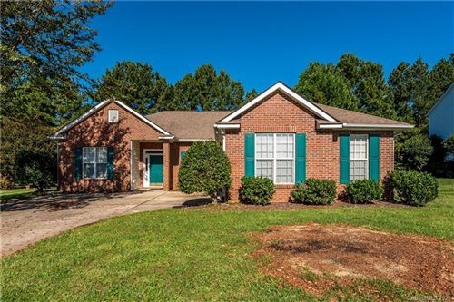 Photo of 8227 Laurel Run Drive, Charlotte, NC 28269-6187 (MLS # 3665226)