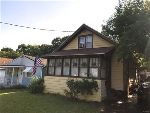Photo of 514 Woodbine Avenue, Syracuse, NY 13206 (MLS # S1277688)