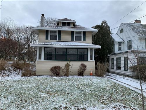 Photo of 302 Salt Springs Road, Syracuse, NY 13224 (MLS # S1312808)