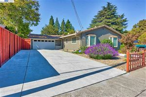 Photo of 1636 Wendy Dr, PLEASANT HILL, CA 94523 (MLS # 40847027)