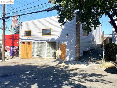 Photo of 3607 Maple Ave, OAKLAND, CA 94602 (MLS # 40958303)