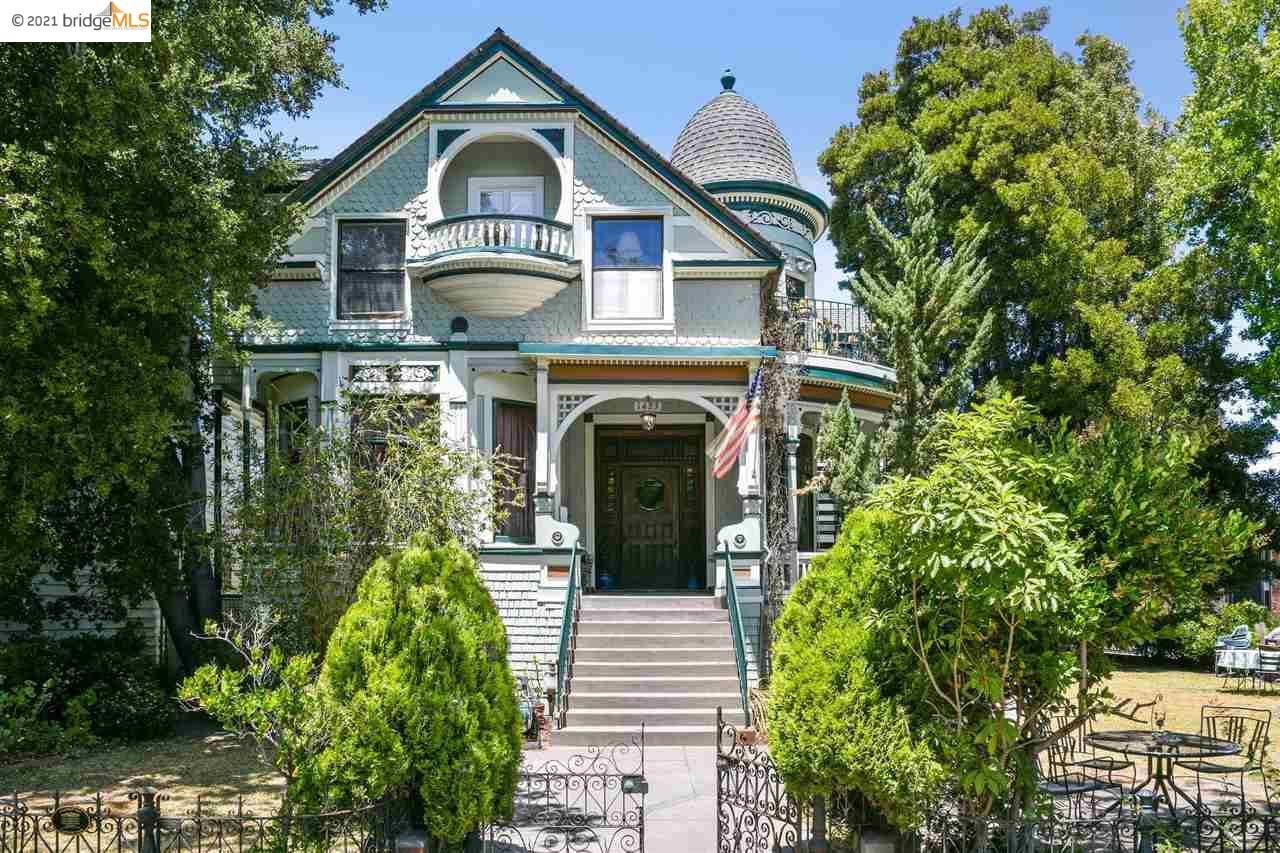 Photo of 1423 Central Avenue, ALAMEDA, CA 94501 (MLS # 40959453)