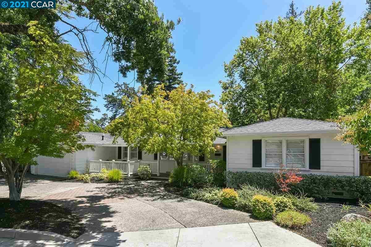 Photo of 3455 Moraga Blvd, LAFAYETTE, CA 94549 (MLS # 40959459)