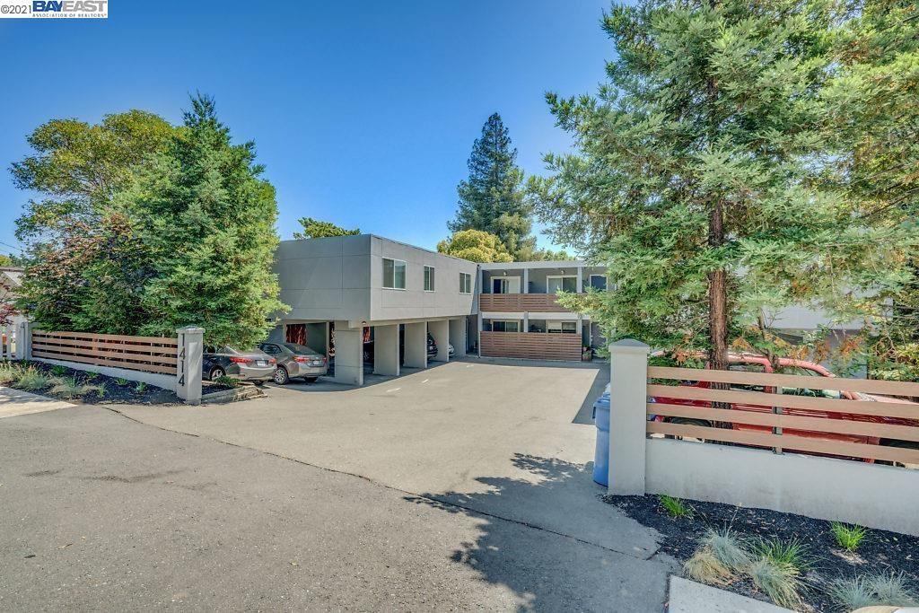 Photo of 1414 Oakland Blvd, WALNUT CREEK, CA 94596 (MLS # 40965460)