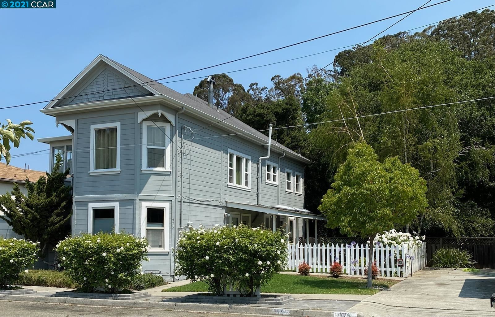 Photo of 973-75 Fernandez Ave, PINOLE, CA 94564 (MLS # 40967755)