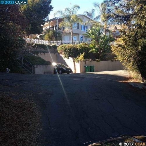 Photo of 145 Kendall Ave, CROCKETT, CA 94525 (MLS # 40949763)