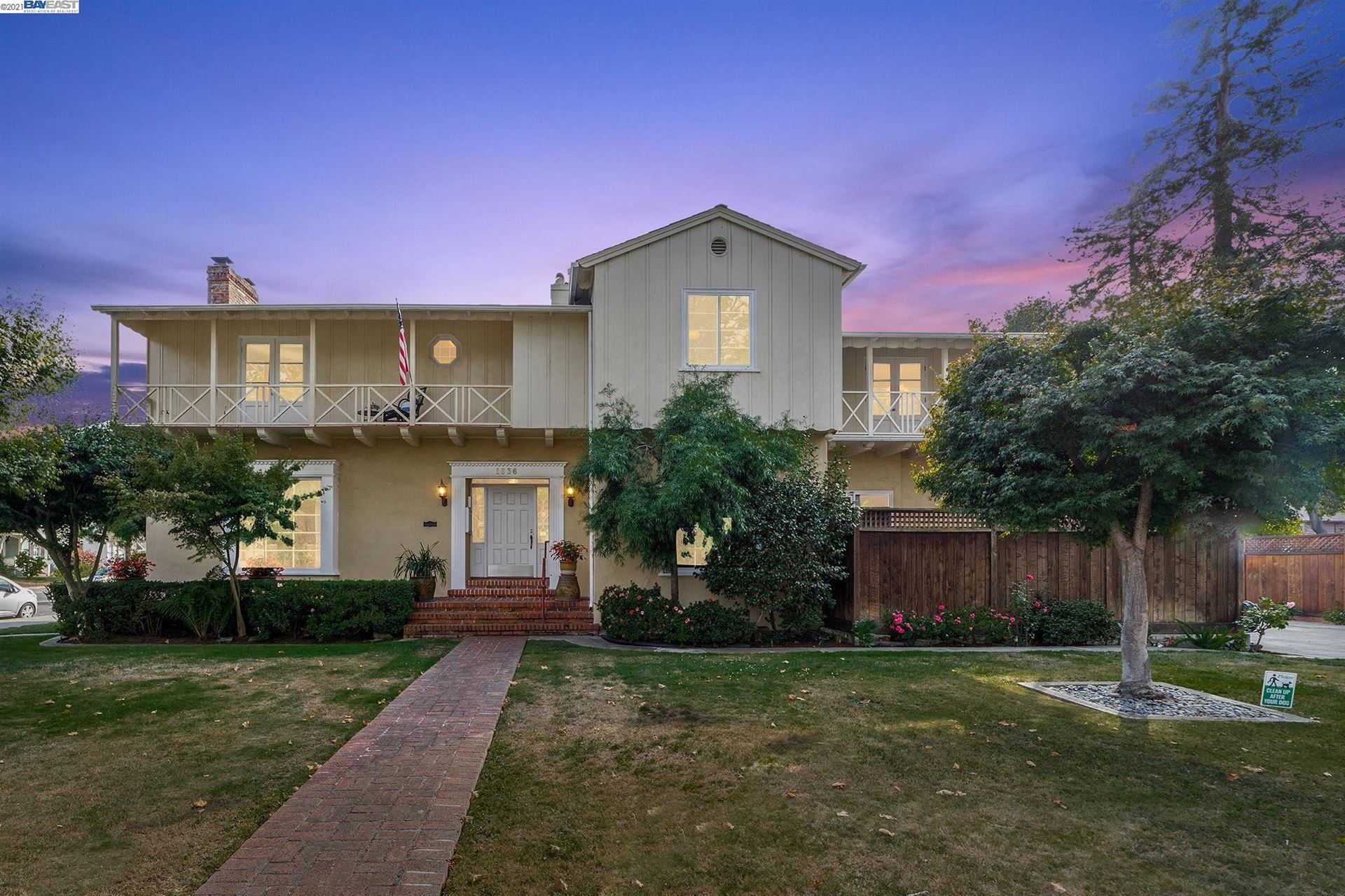 Photo of 1636 Central Ave, ALAMEDA, CA 94501 (MLS # 40966894)