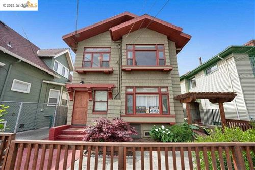 Photo of 665 39Th St, OAKLAND, CA 94609 (MLS # 40947939)