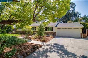 Photo of 423 Roberta Ave, PLEASANT HILL, CA 94523 (MLS # 40881992)