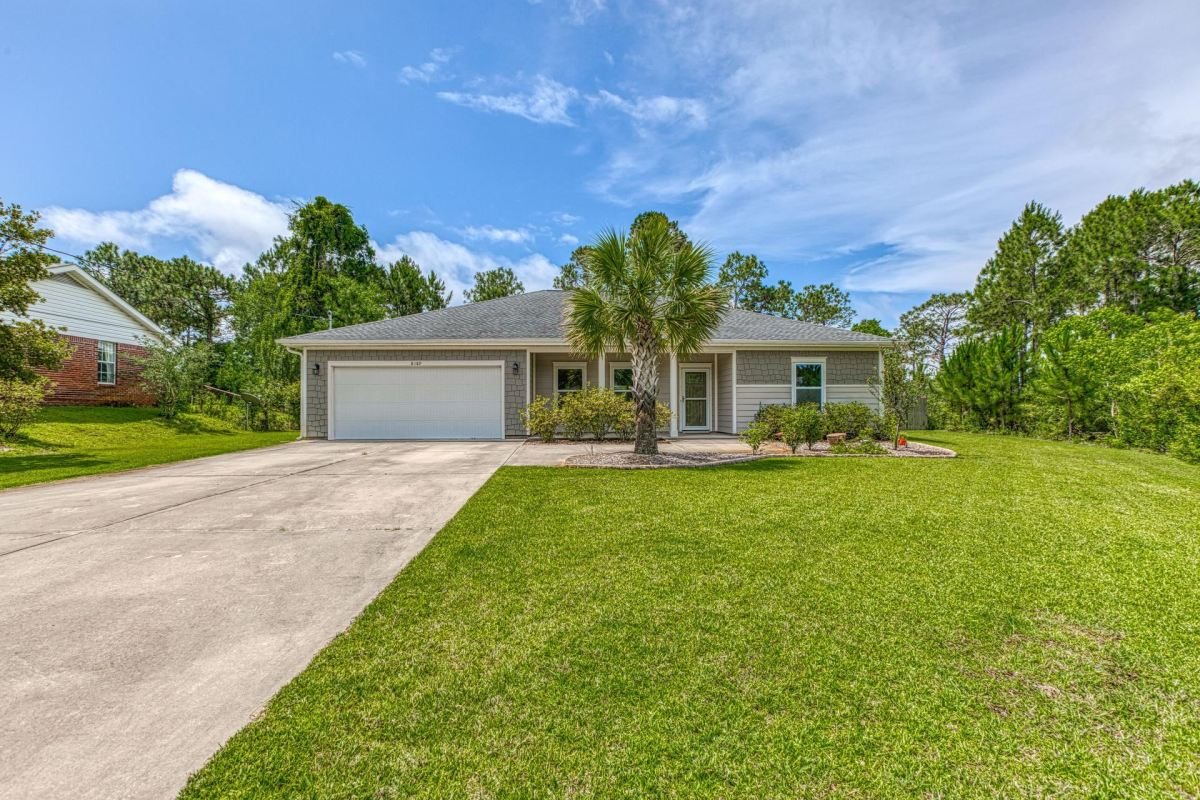 Photo of 8189 Verdura Street, Navarre, FL 32566 (MLS # 847329)