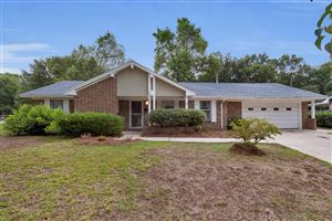 Photo of 530 22Nd Street, Niceville, FL 32578 (MLS # 827599)