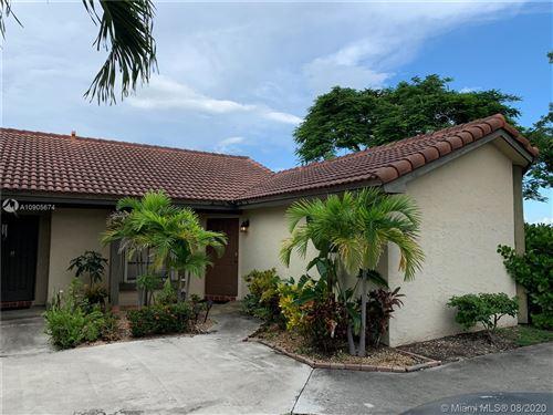 Photo of 15235 SW 45th Ter #50H, Miami, FL 33185 (MLS # A10905674)
