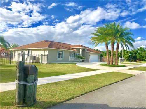 Photo of 27600 SW 154 Ave, Homestead, FL 33032 (MLS # A10777818)