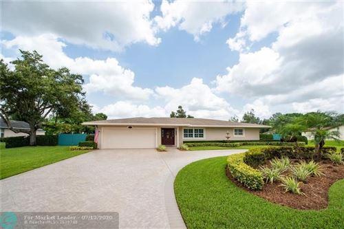 Photo of 11981 Hermitage Dr, Plantation, FL 33325 (MLS # F10237019)