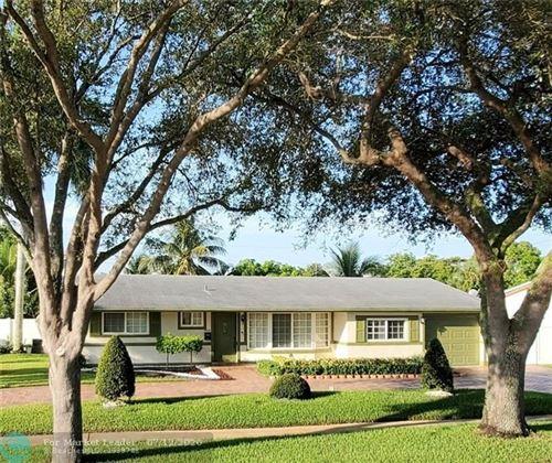 Photo of 4836 NW 8th St, Plantation, FL 33317 (MLS # F10238385)