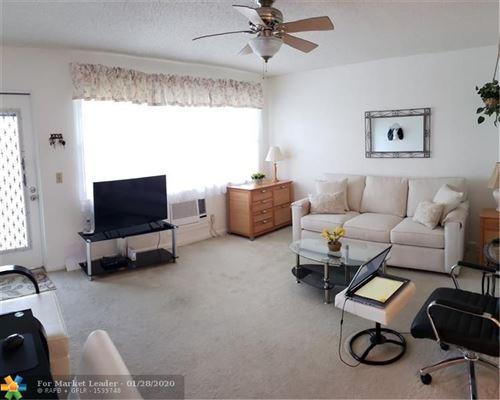 Photo of 37 Keswick B #37, Deerfield Beach, FL 33442 (MLS # F10213757)