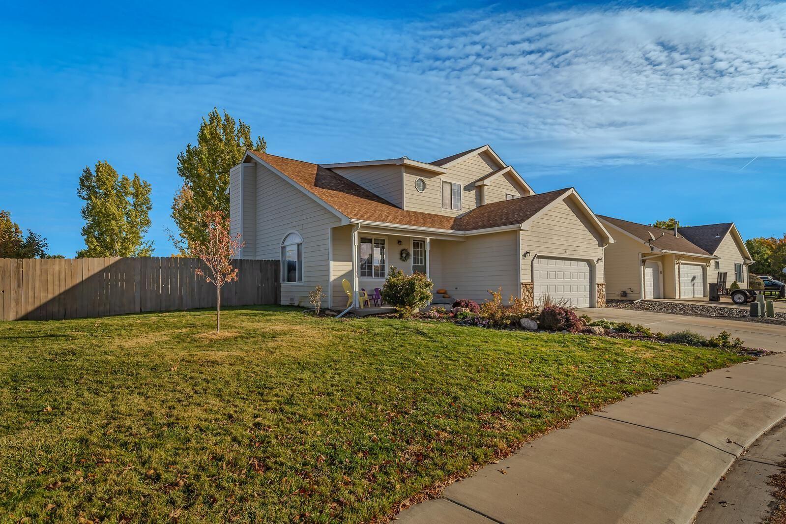 Photo of 467 Morning Dove Street, Grand Junction, CO 81504 (MLS # 20215735)